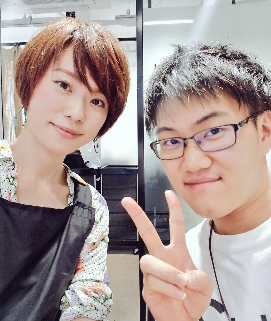 大阪の美容師さんに、東京へ引っ越していらしたお客様をご紹介いただきました!!