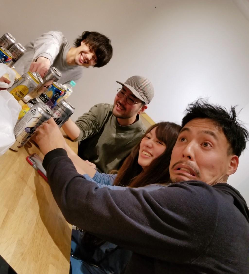 フリーランスシェアサロンのお寿司パーティー!